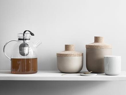 Teekannen, Teebereiter und Stövchen