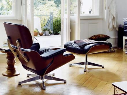 Der Lounge Chair und Ottoman von Vitra