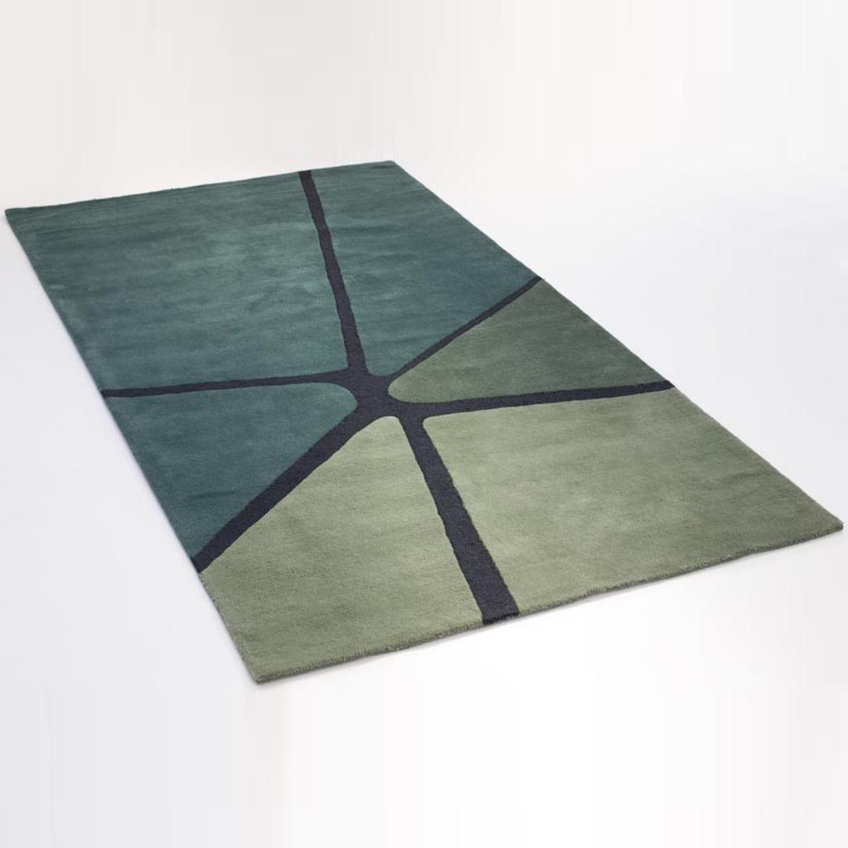 Teppich gezeichnet  Ruckstuhl Crack Teppich bei connox.at