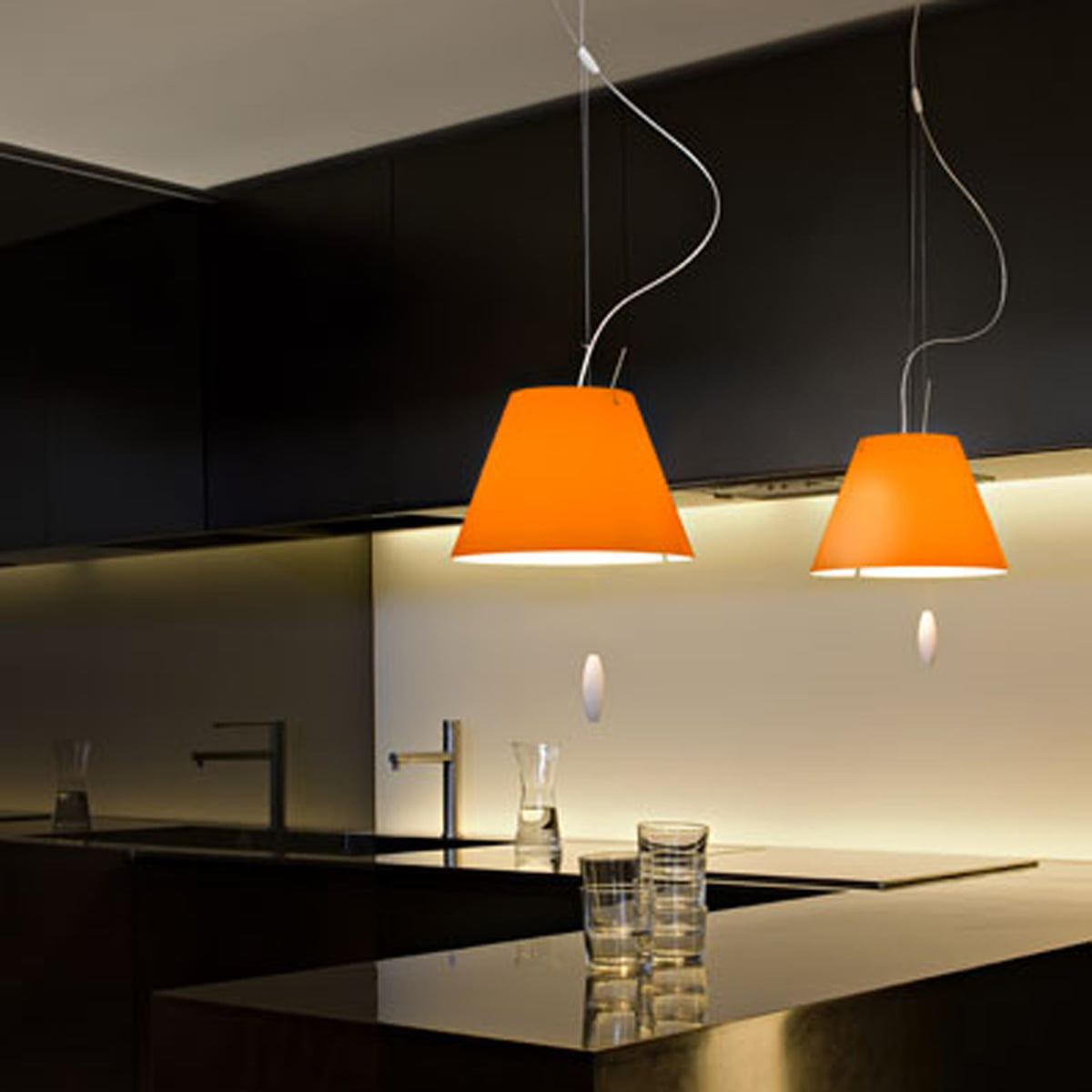 costanzina pendelleuchte von luceplan. Black Bedroom Furniture Sets. Home Design Ideas