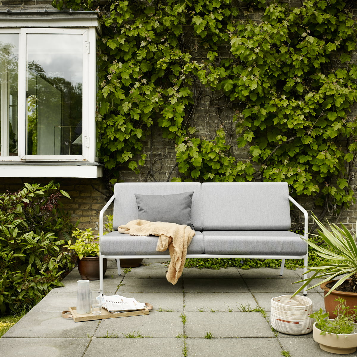 mojo sofa von skagerak bei. Black Bedroom Furniture Sets. Home Design Ideas