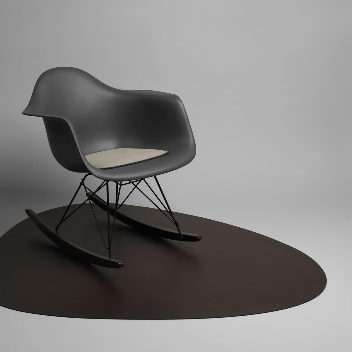bodenmatte aus leder von linddna bei. Black Bedroom Furniture Sets. Home Design Ideas