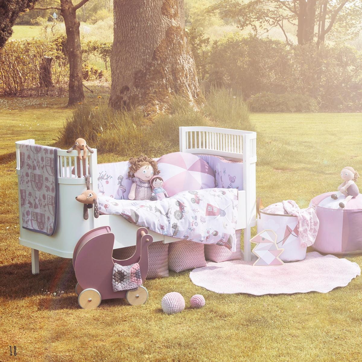 weiche babydecke von sebra bei. Black Bedroom Furniture Sets. Home Design Ideas