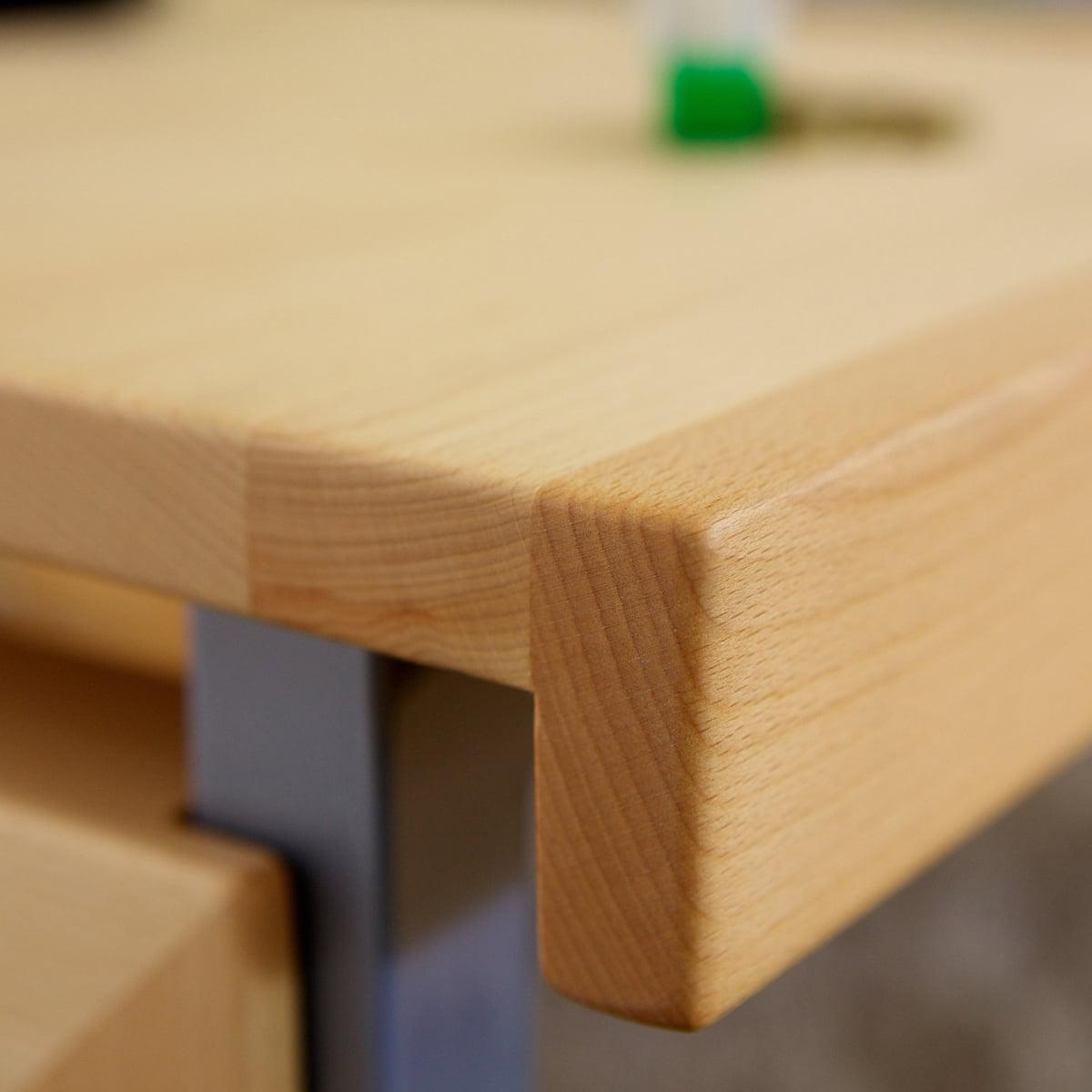 Ziggy schreibtisch von de breuyn bei for Schreibtisch aus buchenholz