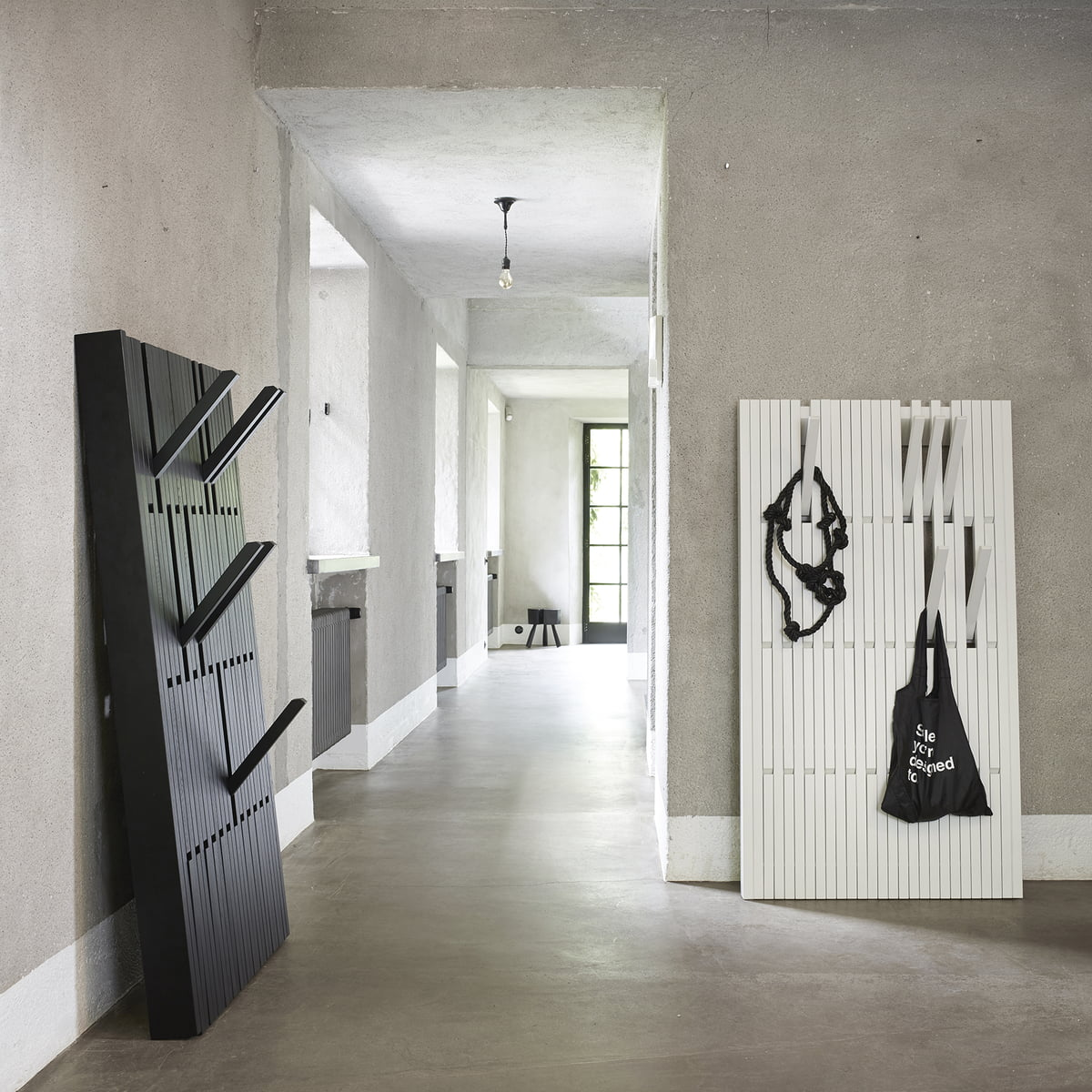 piano garderobe von peruse bei kaufen. Black Bedroom Furniture Sets. Home Design Ideas