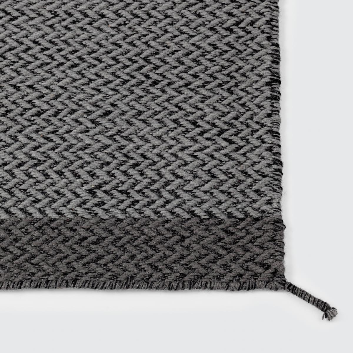 ply teppich 170 x 240 cm von muuto bei. Black Bedroom Furniture Sets. Home Design Ideas