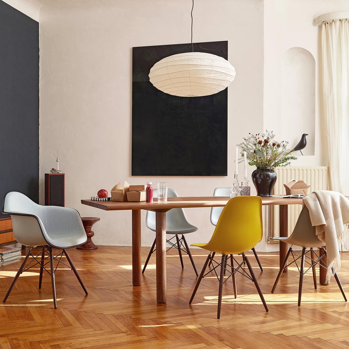 DSW Stuhl von Vitra Eames Plastic Side Chair DSW