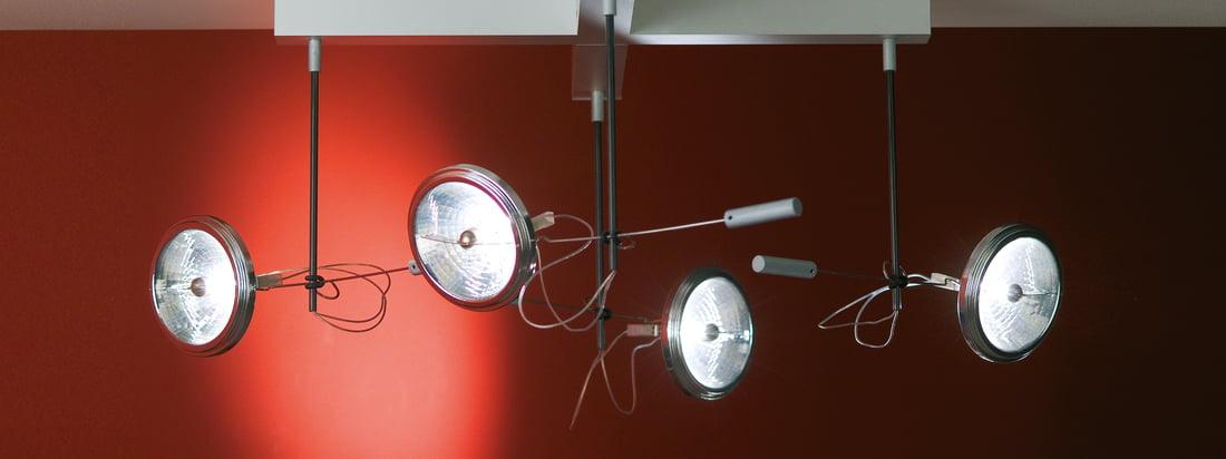 Absolut Lighting ist ein bekannter Leuchtenhersteller. Die Spotlight Deckenleuchte eignet sich ideal als Scheinwerfer in dunklen Räumen. Mit 1, 2, 3 oder 4 Spots erhältlich.