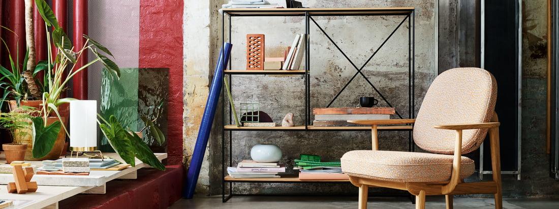 Fritz Hansen ist ein dänischer Möbelhersteller. Die Serie 7 Stuhl-Serie und der Egg Chair gehören mit ihrer markanten Form wohl zu den bekanntesten Designs des Unternehmens.