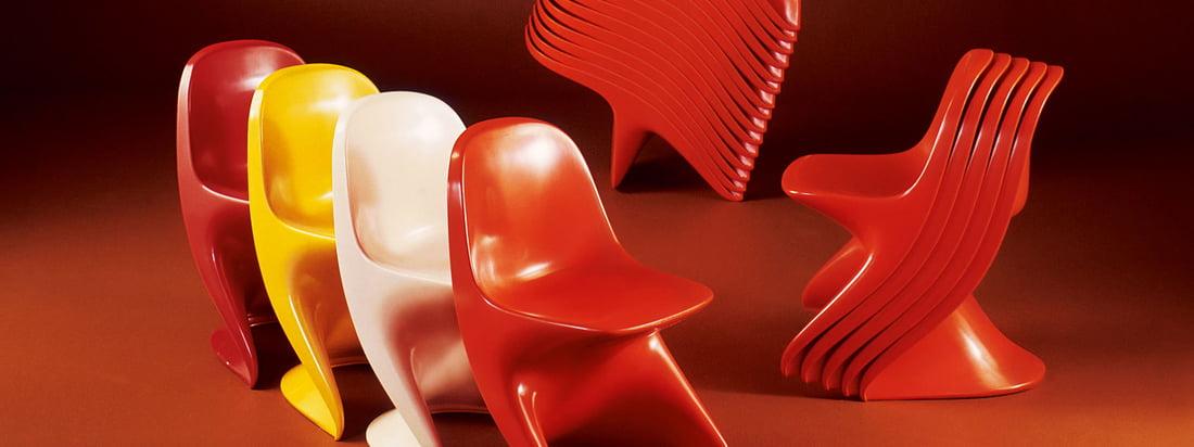 Casala ist bekannt für seine bunten Stühle. Den berühmten Casalino Stuhl gibt es für Kinder und für Ältere in vielen Farben und ist außerdem ideal stapelbar.
