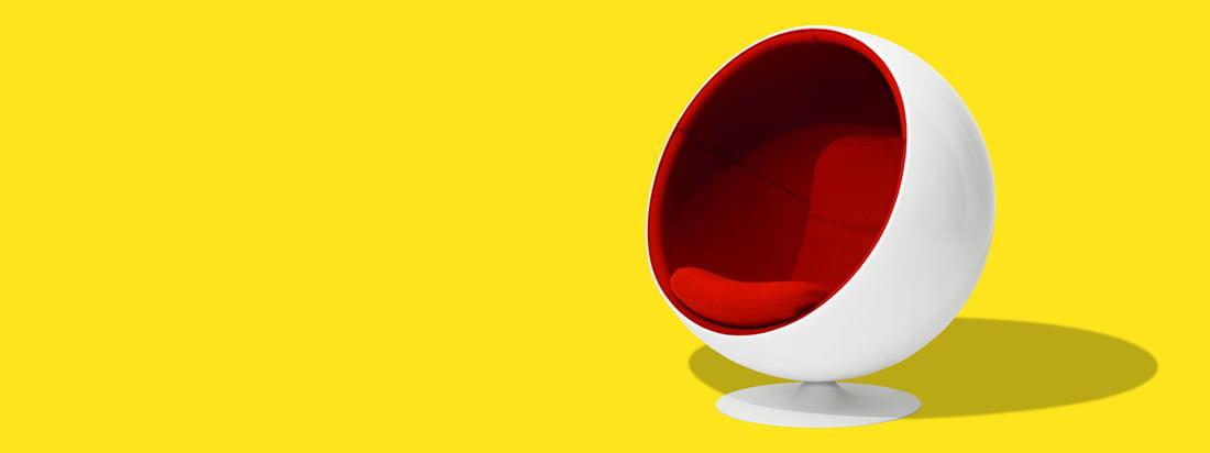 Eero Aarnio Originals produziert die ikonischen Produkte vom Designer Eero Aarnio. Der berühmteste Entwurf ist der Ball Chair, ein schalenförmiger, moderner Sessel.
