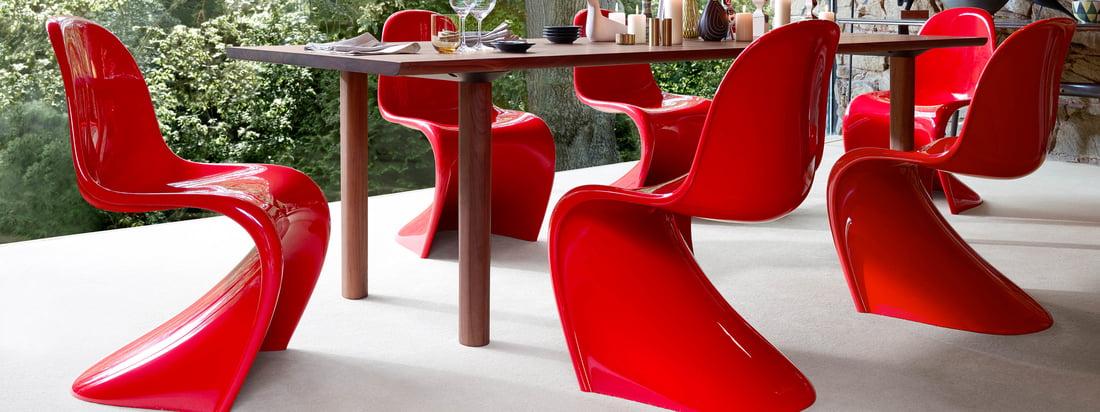 Ende der 90er Jahre entstand in Zusammenarbeit mit Verner Panton die letzte von ihm autorisierte Version des Stuhles, den wir heute als Design-Ikone kennen.