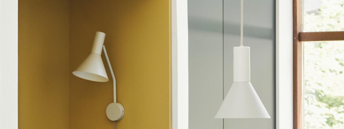 Entworfen von der Designerin Toni Rie, Head of Design bei Frandsen, ist die Lyss Leuchte zeitlos und praktisch. Der Lampenschirm lässt sich über das Gelenk zwischen Schirm und Arm frei bewegen, die Leuchte selbst ist mit einem stilvollen Textilkabel versehen.