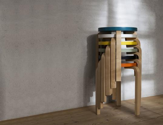 Hier finden Sie unsere Sitzmöbel, wie Bänke, Stühle, Sofas, Sessel und vieles mehr