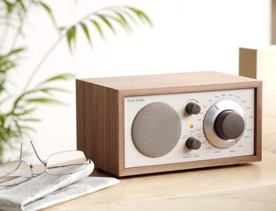 Finden Sie hier technische Geräte, die Ihrer Unterhaltung dienen, wie Radios oder Audiogeräte...