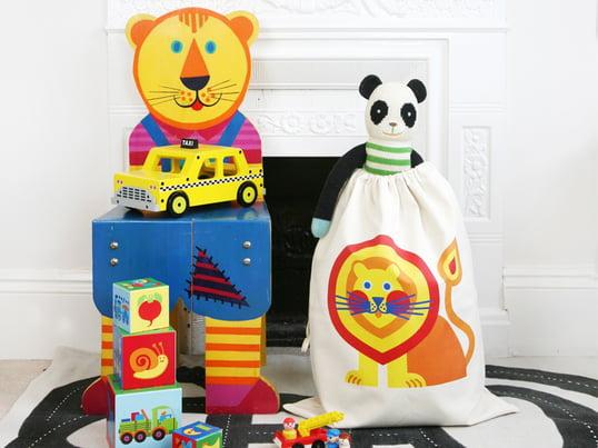 Der Spielzeugsack von byGraziela ist mit seinen verspielt schönen Motiven nicht nur ein toller Farbklecks im Kinderzimmer sondern schafft auch spielend leicht Ordnung.