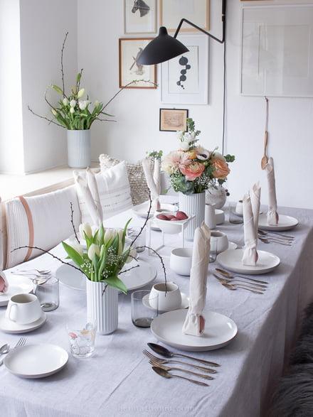 Tischdeko zu Ostern mit Heimatbaum
