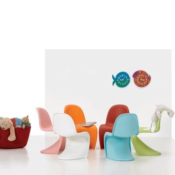 Farbenfroh und stylisch im Kinderzimmer mit Vitra Panton Junior und Zoo Timer