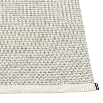 Mono Teppich von Pappelina in Fossil Grey / Warm Grey