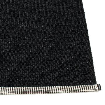 Mono Teppich von Pappelina in Schwarz