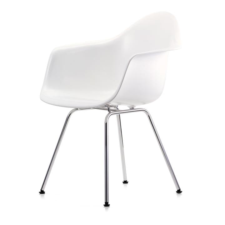 Eames Plastic Armchair DAX von Vitra in verchromt / weiß