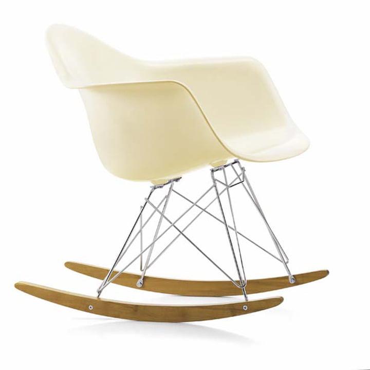 Eames Plastic Armchair RAR von Vitra in Ahorn gelblich / Chrom / cremeweiß