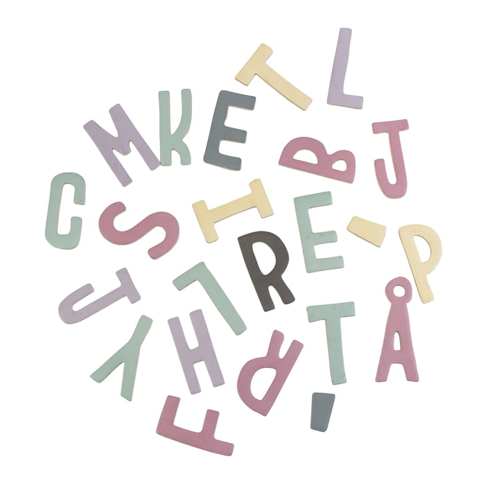 Magnetbuchstaben von Sebra in Rosatönen