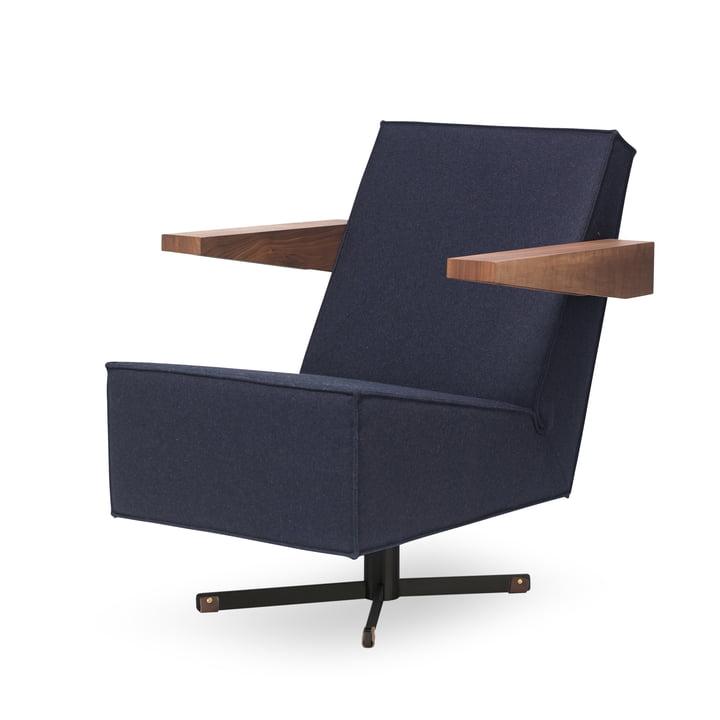 Spectrum - Press Room Chair, Bezug dunkelblau (Divina 3 / 791), Untergestell schwarz / Armlehnen Nussbaum / Fußband mittelbraun