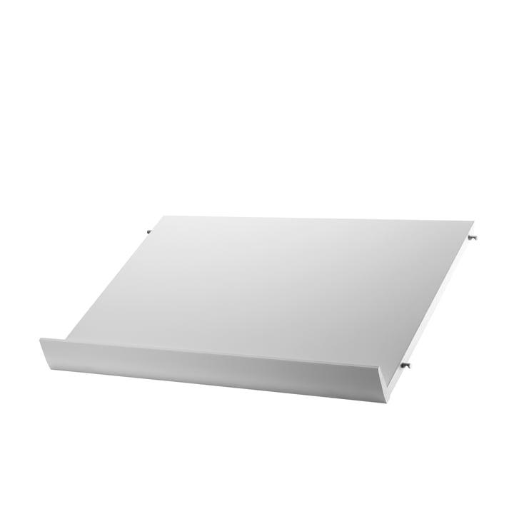 Magazin-Ablage 58 x 30 cm von String in Weiß