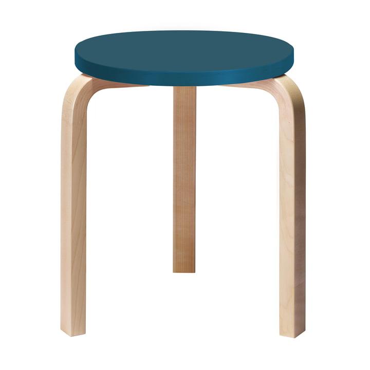 60 Hocker von Artek mit blauer Sitzfläche (Sonderedition)