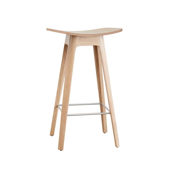 Der Andersen Furniture - HC1 Barhocker H 67 cm, Gestell Eiche / Furniersitz Eiche / Fußstütze schwarz