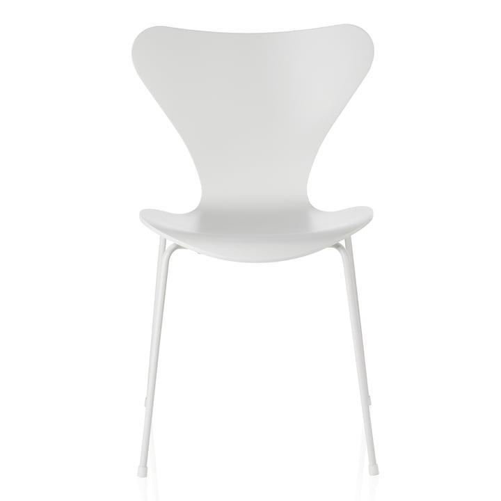 Fritz Hansen - Serie 7 Stuhl, Monochrom Esche weiß lackiert, 46.5 cm