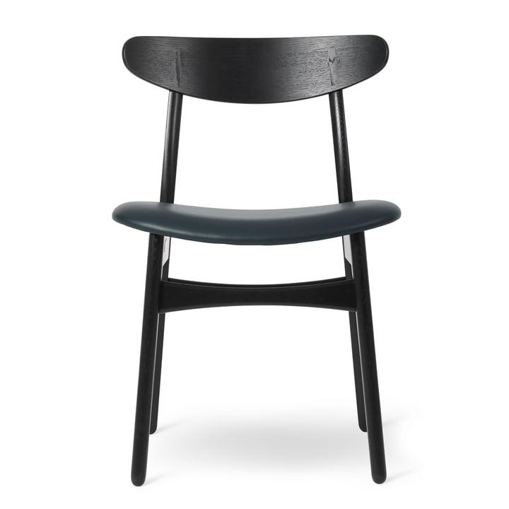 CH30P Stuhl in Eiche schwarz lackiert / Leder Thor schwarz von Carl Hansen