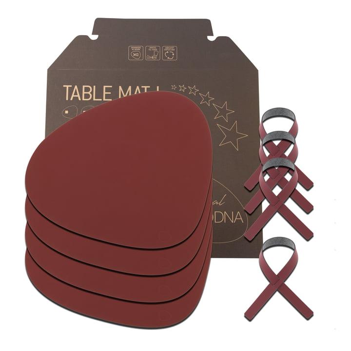 Geschenkset Curve L von LindDNA in Nupo rot (4 Tischsets + 4 Serviettenringe)