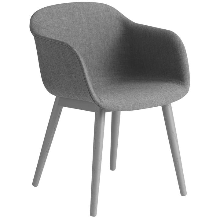 Fiber Chair Wood Base, grau / Remix 133 von Muuto