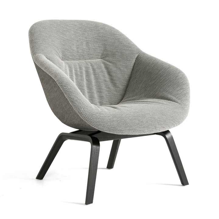 About A Lounge Chair AAL 83 Soft Duo von Hay in schwarz / Dot 1682 02 Bianconero / Remix 152 (EU)