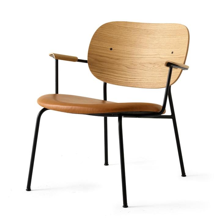 Co Chair Lounge Chair von Menu in schwarz (RAL 9005) / Eiche natur / Dakar 250