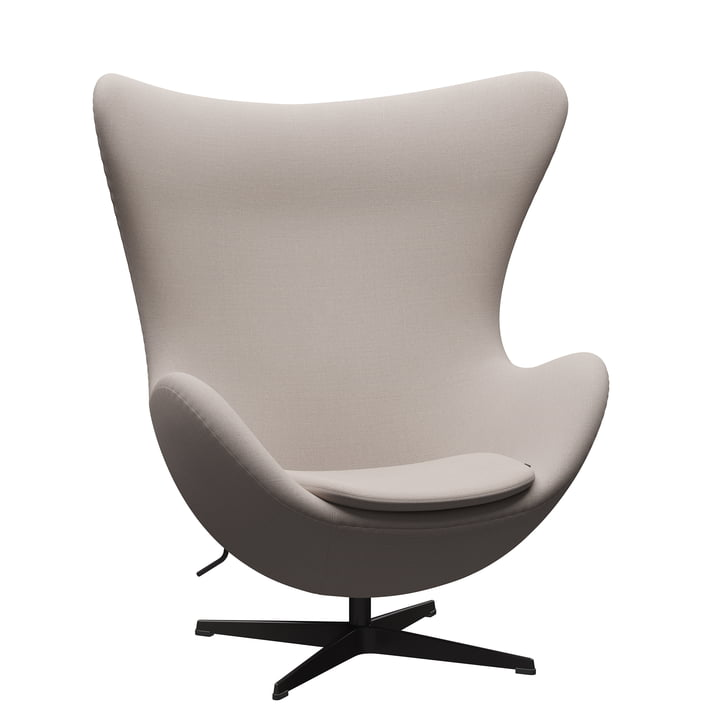 Der Egg Chair von Fritz Hansen, warm graphite / Christianshavn 1120 light beige