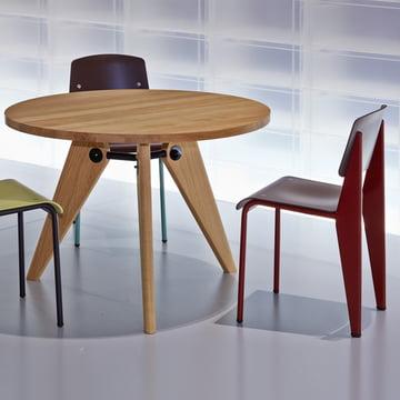 Guéridon Esstisch und Prouvé Standard Chair