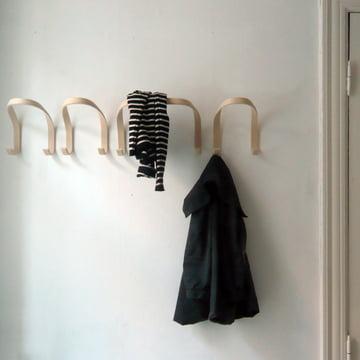 Schlichte Garderobenhaken aus Holz