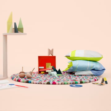 Hay - Pinocchio Teppich, S & B Colour Block Bettwäsche, Spirograph Drawing Set,  Wooden Wonderland,  Pieces N Play und Twins von Hay