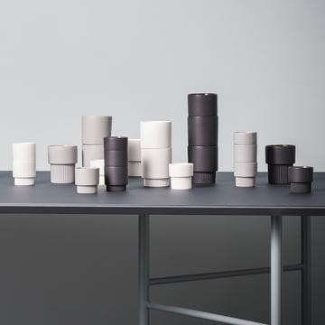 Groove Serie von ferm Living mit Mingle Tisch