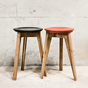 Button Stool in Rust Red und Schwarz