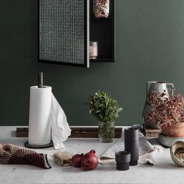Buckle Küchenrollenhalter mit Akin Knitted Geschirrtuch