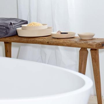 Die Dua Schale von kommod auf dem Sideboard im Badezimmer
