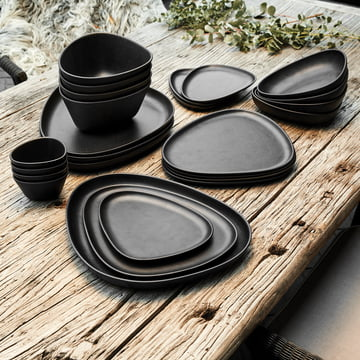 Curve Stoneware Schalen und Teller von LindDNA