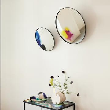 Wandspiegel mit Farbpigmenten