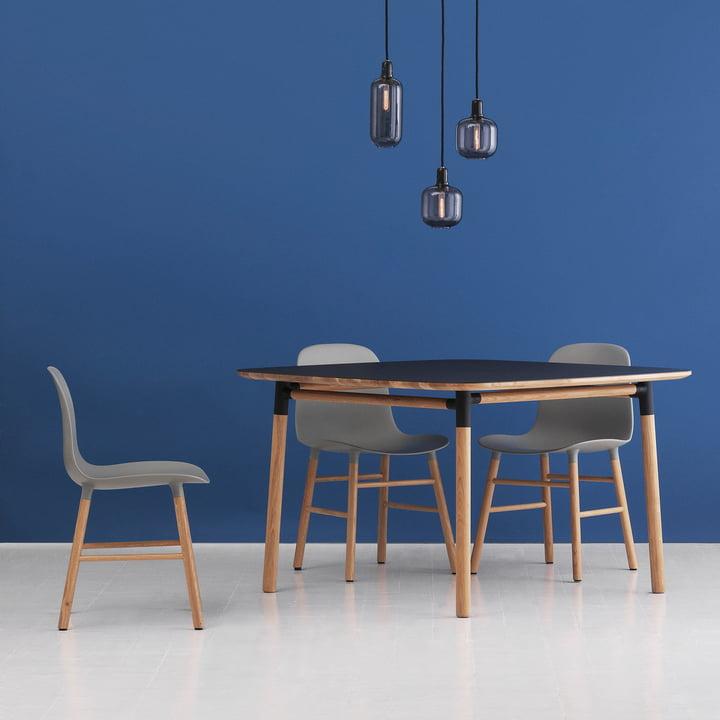 Form Table 120 x 120 cm von Normann Copenhagen