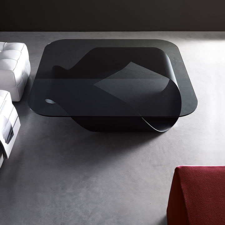 Skulpturaler Möbius Couchtisch in Schwarz mit Rauchglasplatte