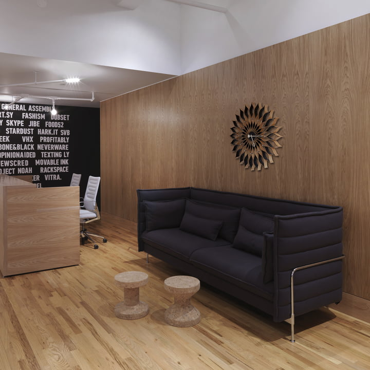 Vitra - Hocker - Cork Family - Alcove Plume Sofa